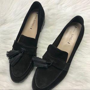 NWT Via Spiga black platform tassel loafer size 10